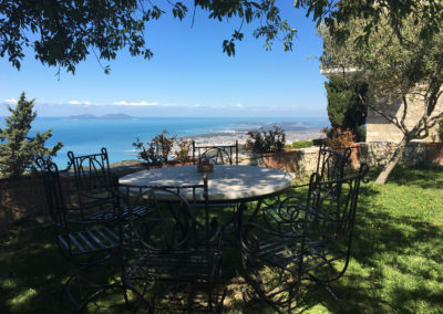 Garden table and view